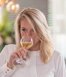 nomination-chefdecaves-alicetetienne-champagnehenriot-œnologie